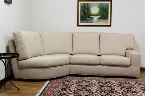 divano angolo tondo divano angolare in tessuto sfoderabile con angolo stondato