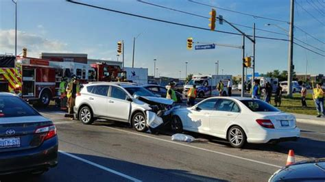 police report  vehicle collision  major intersection