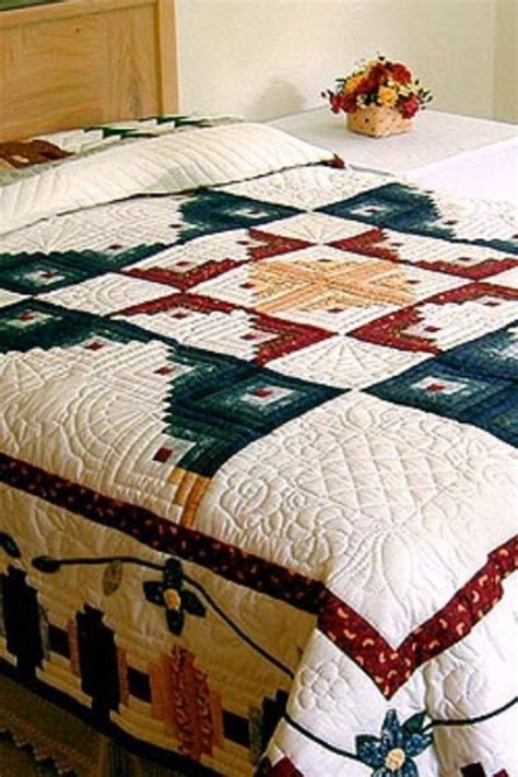 bedrooms with quilts 27 best images about quilts and curtains for bedroom on