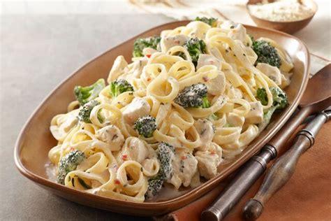 Fall Favorite Fettuccini Alfredo Como Living Magazine Better Choice Easy Chicken Broccoli Alfredo Kraft Recipes