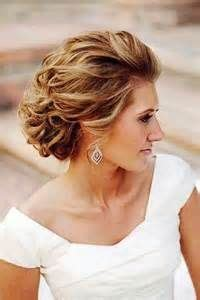 Wedding Hair Updos For Of The Groom by Best 25 Of The Groom Hairstyles Ideas On