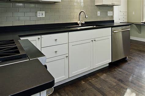 Countertops Ltd by Maple Leaf Kitchen Cabinets Ltd Countertops