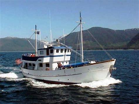jacht ursa ursa major yacht charter details charterworld luxury