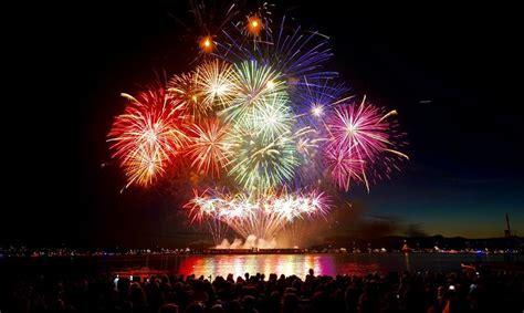 the netherlands to lead vancouver s 2016 fireworks team australia rocks the celebration of light 2016 photos