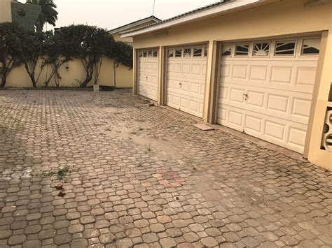houses for rent in this area 7 bedrooms house for rent in airport residential area accra ghana 1 1484598791