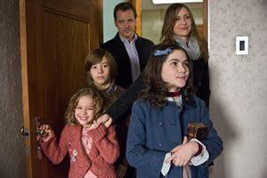 orphan filmkritik news filmkritik orphan das waisenkind etest