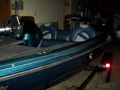 bass boat bench seats for sale viewing a thread for sale 1999 ranger r61 sport bass boat