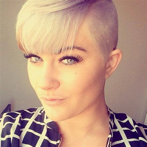 24 Short haircuts for Women just to Get Model Look   Fash Circle