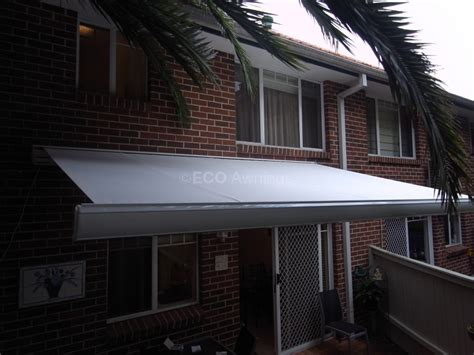 Wall Mounted Retractable Awning by Wall Mounted Awnings Folding Arm Awnings Eco Awnings