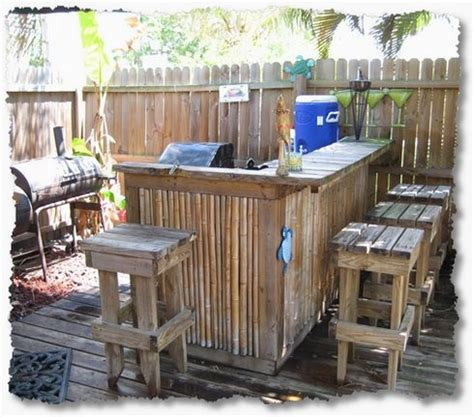 Backyard Lounge Ideas Pin By Barbara Martinez Carrales On Hawaiian Decorations Bar Outdoor Tiki Bar And
