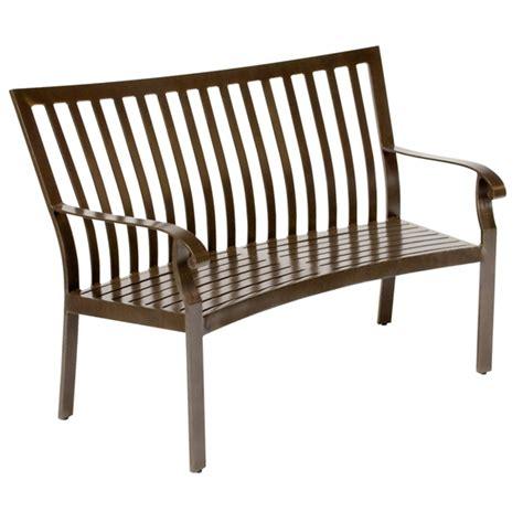 Woodard Cortland Cushion Patio Furniture by Woodard Cortland Cushion Crescent Shaped Bench 4z0494