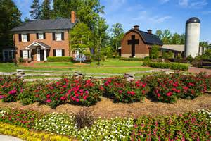 billy graham home the curious story billy graham s childhood home