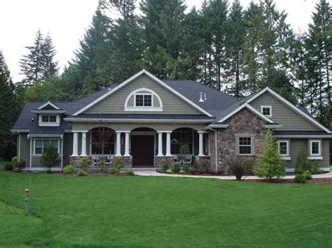 mission style home plans best 25 craftsman style homes ideas on