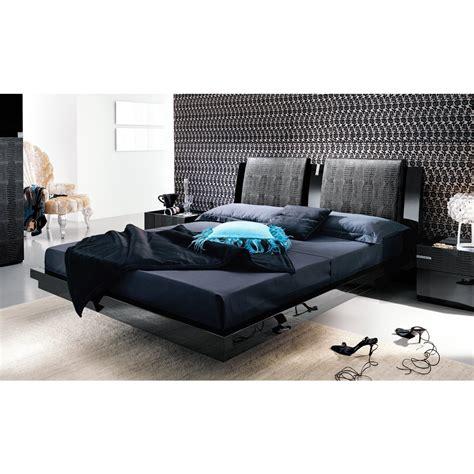 platform bed king size advantages of using a king size duvet cover home decor 88