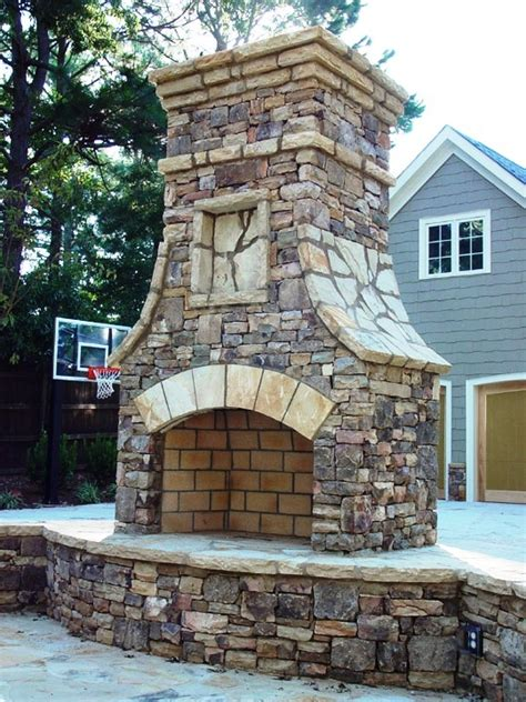 Fireplace Seating by Stone Fireplace Designs Pictures To Pin On Pinterest