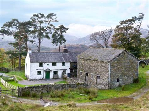 low arnside friendly cottage coniston