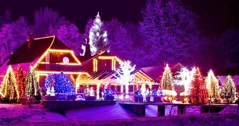 4 tips for hanging outdoor christmas lights the lakeside