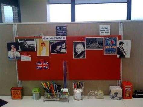 Meja Kantor Guru 10 ide kreatif dekorasi meja kerja kantor simomot