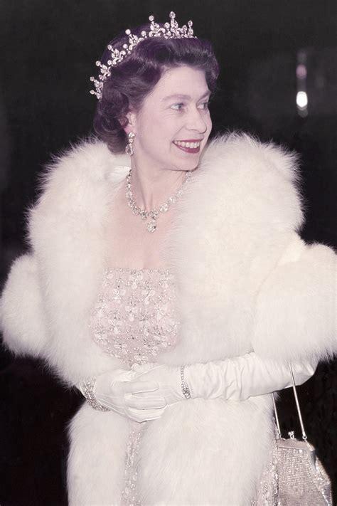 queen elizabeth queen elizabeth stars