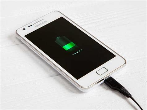lade a batterie seven tips for safer mobile phone charging saga