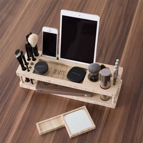 station makeup organizer with station