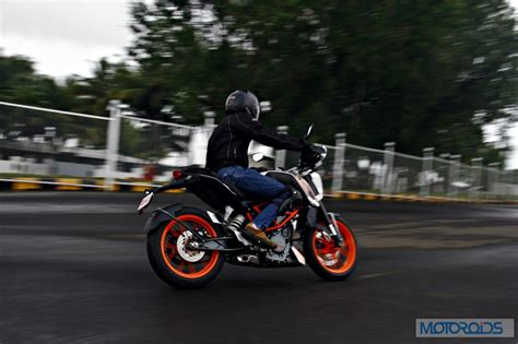 Ktm Duke 390 Road Test Ktm 390 Duke India Road Test Review 87 Motoroids