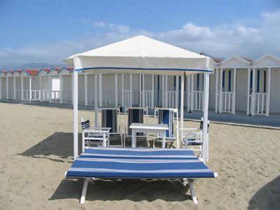 tende spiaggia servizio spiaggia italian vacanze per affitti