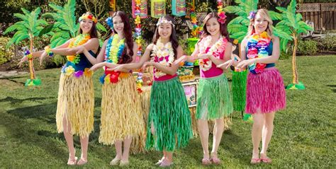 Luau Hairstyles by Leis Hula Skirts More City
