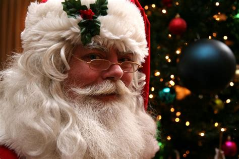 pictures for the best santa claus company professional