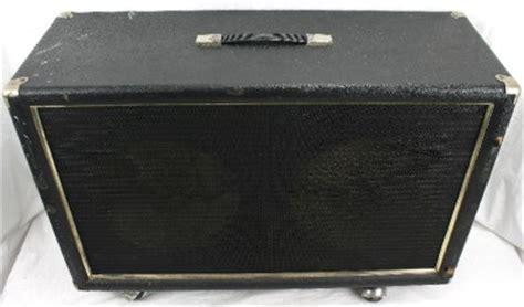used empty guitar speaker cabinets vintage 2x12 empty electric guitar lifier speaker