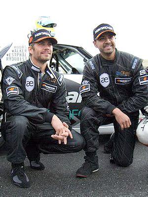 Porsche Blames Driver In Fatal Paul Walker Car Crash Ny | paul walker crash driver s widow sues porsche saying car