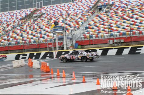 motor speedway traffic conditions lincoln crapcan runs the roval lincoln vii