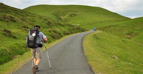 el camino con una b000pgk644 el camino de santiago puede llegar a ser una tortura y otras 13 cosas que aprendes al hacerlo