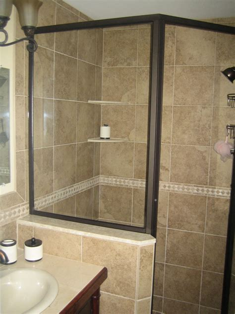 Shower Tile Ideas Small Bathrooms by Small Bathroom Tile Designs Bathroom Tile