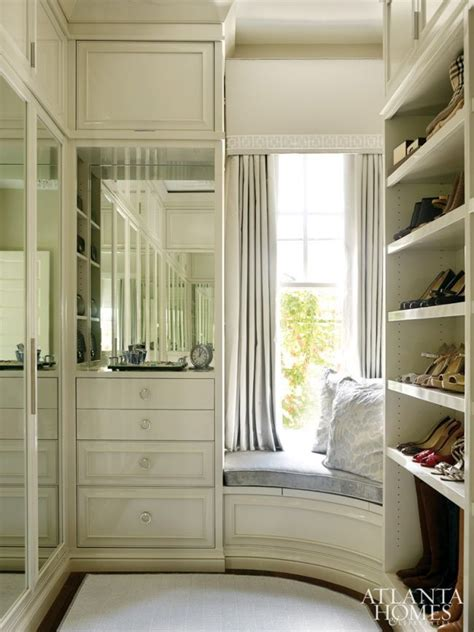 mirrored closet doors makeover 1000 ideas about mirrored closet doors on