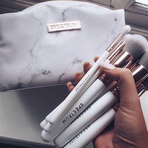 Felicela Liner Brush 1000 ideas about brushes on makeup brushes