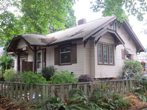 houses for sale eugene oregon 1409 w 11th ave eugene oregon 97402 bank foreclosure info reo properties and bank