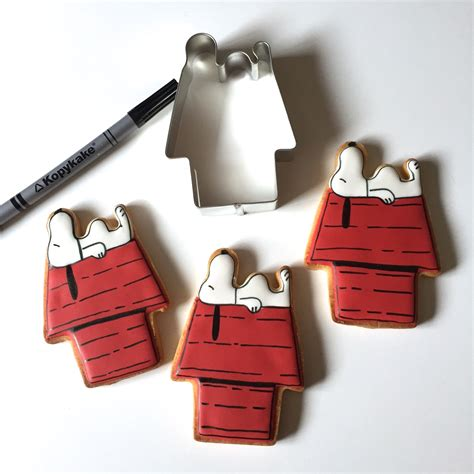 snoopy dog house cookie cutter cuttercraft