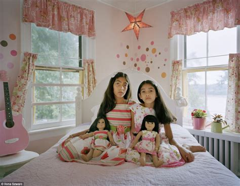 american sexuality in bedroom photographer ilona szwarc s intimate portraits reveal