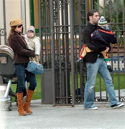 madre con hijo en hotel xxxxxx adriana lavat ex mujer de rafael m 225 rquez no ha pasado