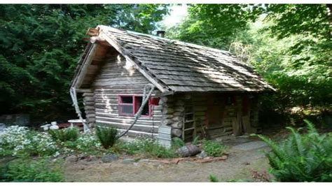 rustic log cabin small rustic log cabin inside a small log cabins log c