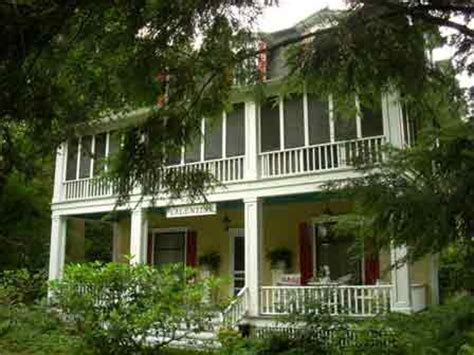 saugatuck mi bed and breakfast bed and breakfast in saugatuck michigan valentine lodge