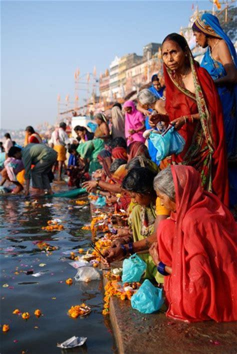 bagno gange india gange il fiume sacro i 176 parte