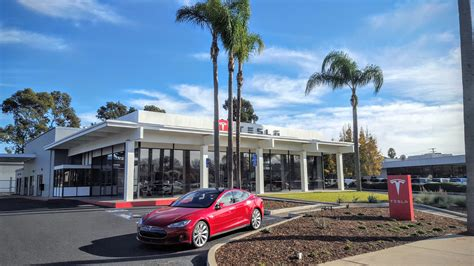 tesla dealership how to buy a tesla cleantechnica