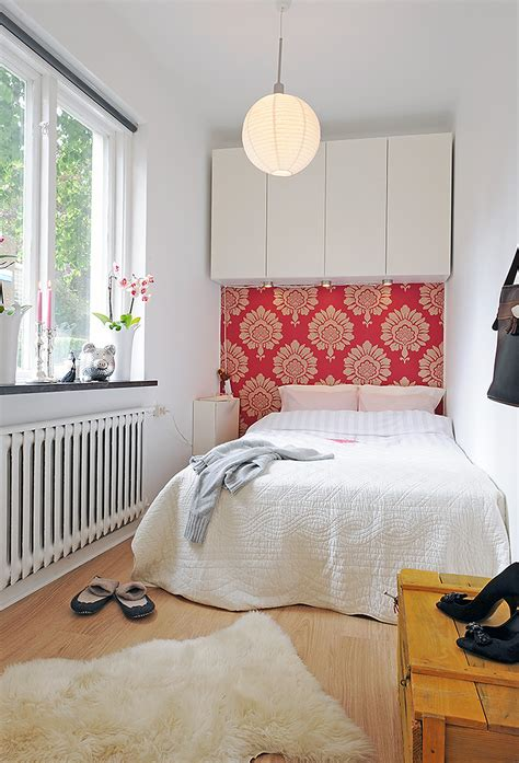 extremely small bedroom how to decorate a very small bedroom apartment loversiq