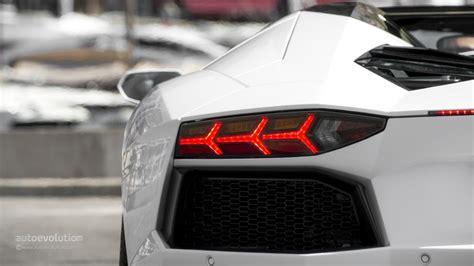 Aventador Lights by 2014 Lamborghini Aventador Roadster Review Autoevolution