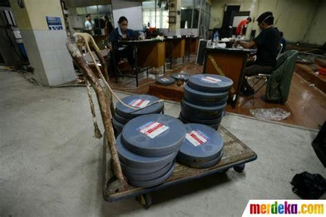film nasional lawas foto jelang hari film nasional pita lawas produksi pfn