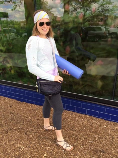go lightly duffel lululemon review blue crb stuff your bra more athletica