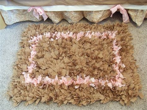 Make Shaggy Rag Rug by 17 Best Images About Rag Rug Latch Hook Rug On T Shirts Ps And Monologues