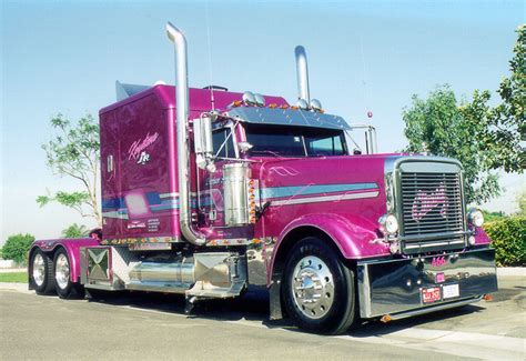 trucks shows ten four magazine trucking on line magazine for truckers
